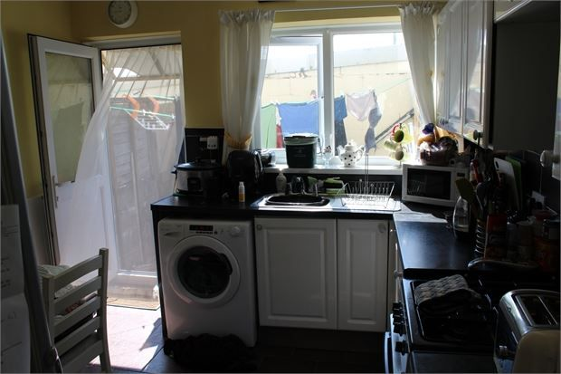 Kitchen of Wern Road, Tonypandy CF40