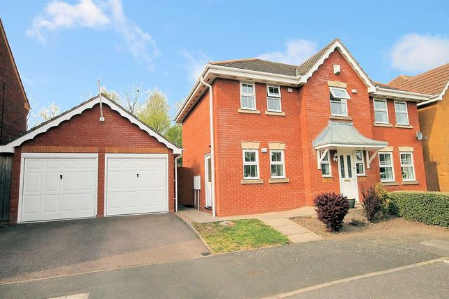 Thumbnail Detached house for sale in Ascot Drive, Dosthill, Tamworth