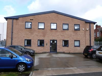 Light industrial to let in 3 Oakland Road, Leicester, Leicestershire
