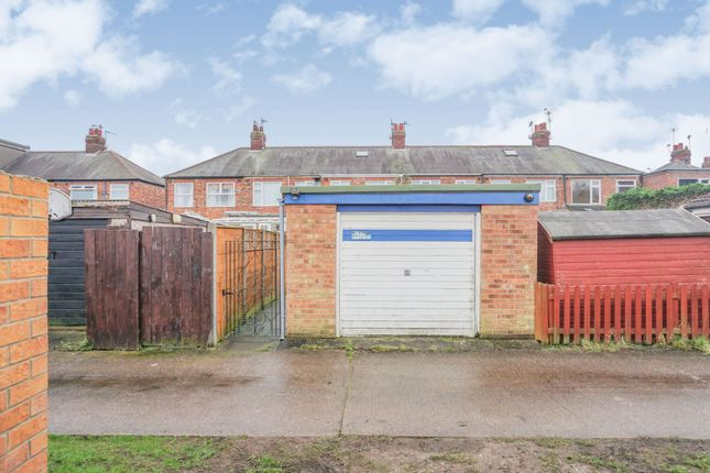 Garage of Linkfield Road, Hull HU5