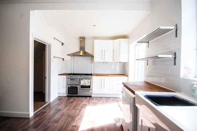 Thumbnail Terraced house for sale in Liverpool Road, London