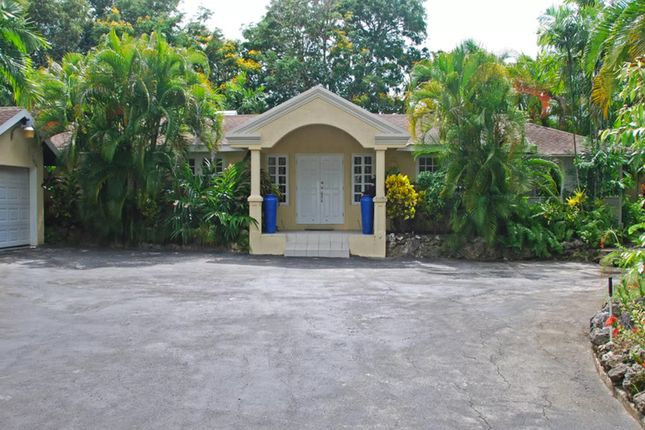 Villa for sale in St James, West Indies, Barbados