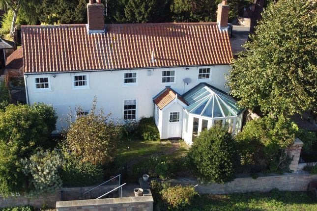 2 bed cottage for sale in Rolleston Road, Fiskerton, Southwell NG25