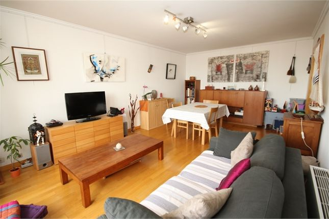 Thumbnail Apartment for sale in Île-De-France, Hauts-De-Seine, Asnieres Sur Seine