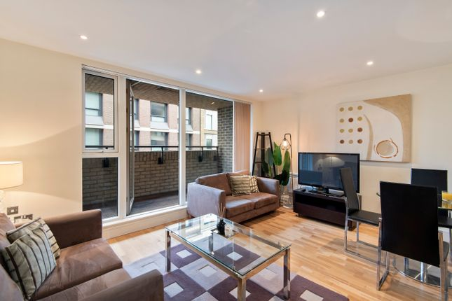 Thumbnail Flat to rent in Great Suffolk Street, London