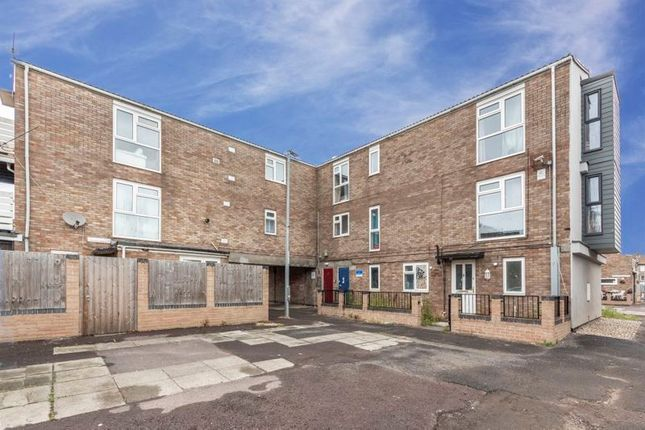 Thumbnail Flat for sale in Williams Close, Newport