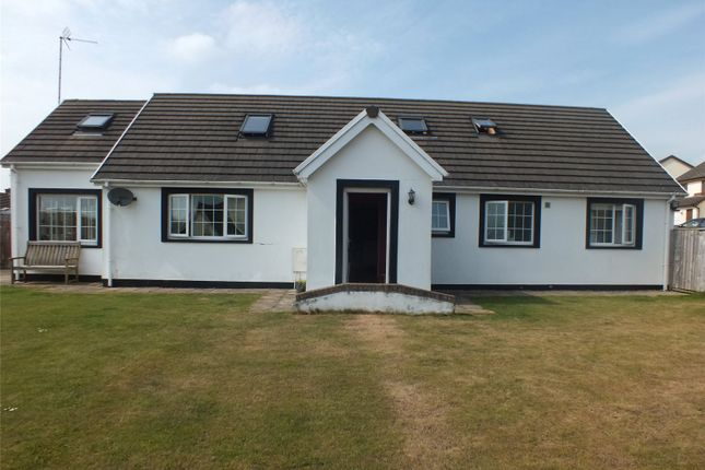 3 bed detached bungalow for sale in Conway Drive, Steynton, Milford Haven