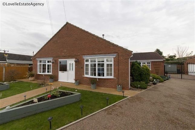 Thumbnail Bungalow for sale in Cliff Drive, Burton-Upon-Stather, Scunthorpe