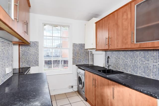 1 bed maisonette to rent in Town Centre, Maidenhead