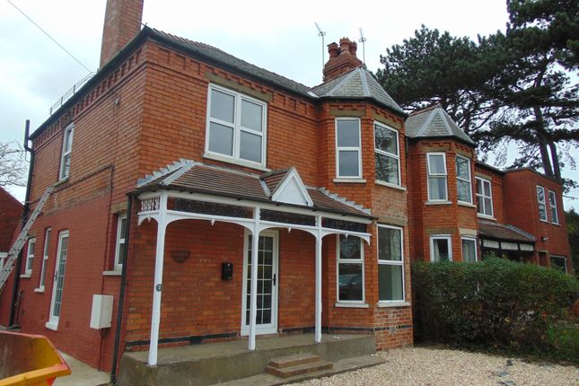 Thumbnail Semi-detached house to rent in Newark Road, North Hykeham, Lincoln.
