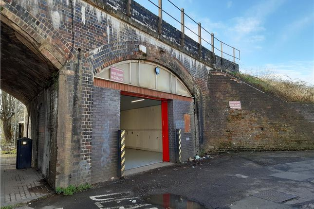 Industrial to let in St Catherine's Arch, Deans Walk, Gloucester