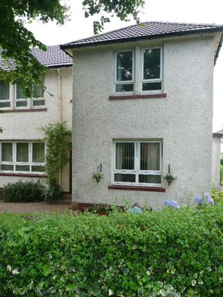 Thumbnail Flat to rent in Mountblow Road, Clydebank, West Dunbartonshire