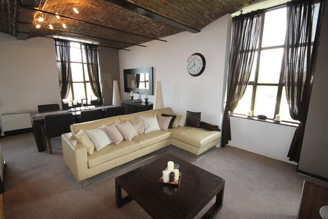 Thumbnail Flat for sale in Bacup Road, Rawtenstall, Rossendale