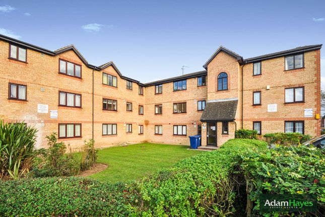 2 bed flat for sale in Brendon Grove, London N2
