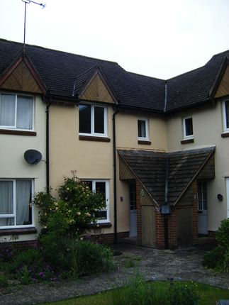Thumbnail Terraced house to rent in Causeway Close, Chippenham