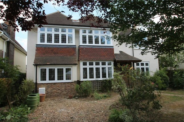 Thumbnail Detached house to rent in Hayes Way, Park Langley, Beckenham, Kent