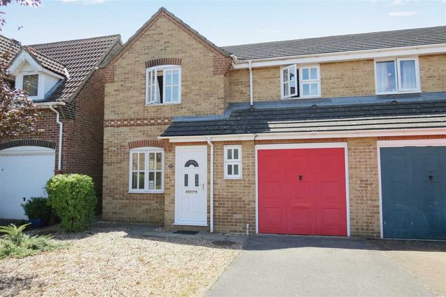 Thumbnail Semi-detached house to rent in Oak Road, Sleaford
