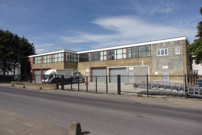 Thumbnail Warehouse to let in Riverway, Harlow