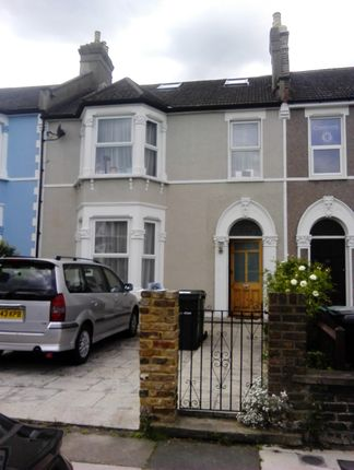 Thumbnail Room to rent in Broadfield Road, Catford London