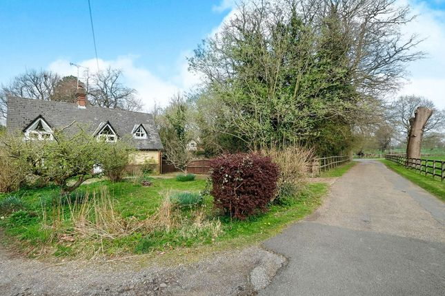 Thumbnail Detached house for sale in High Street, Brasted