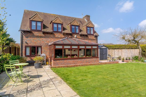 Thumbnail Detached house for sale in Inkpen Common, Hungerford