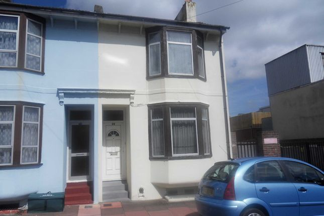 5 bed detached house to rent in Caledonian Road, Brighton