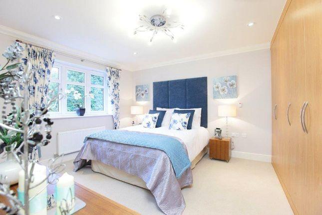 Thumbnail End terrace house for sale in Grange Close, Edenbridge