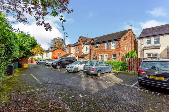 Parking of Flat 9, Stockport Road, Gee Cross, Hyde SK14