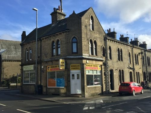 Thumbnail Maisonette for sale in Bradford, West Yorkshire