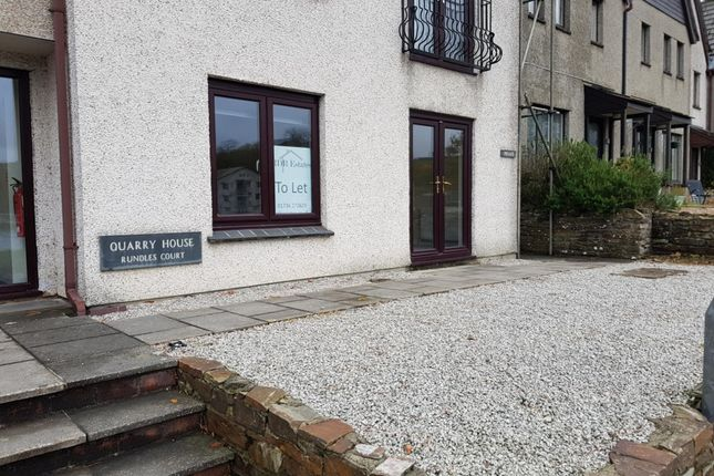 Thumbnail Flat to rent in Malpas Road, Truro, Cornwall