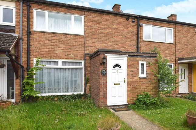 2 bed terraced house for sale in Barn Mead, Harlow