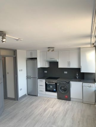 Thumbnail Flat to rent in Copperfield Mews, Edmonton
