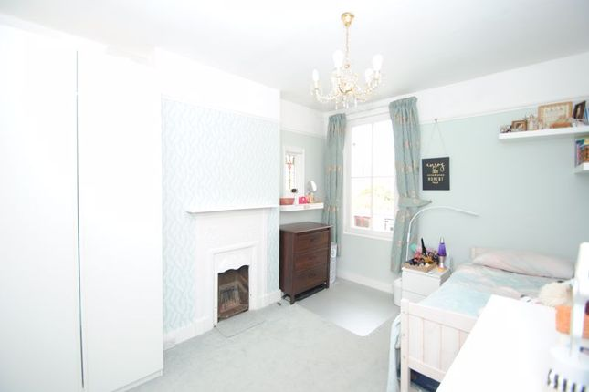 Photo 8 of Grove Court, Southbourne Grove, Westcliff-On-Sea SS0