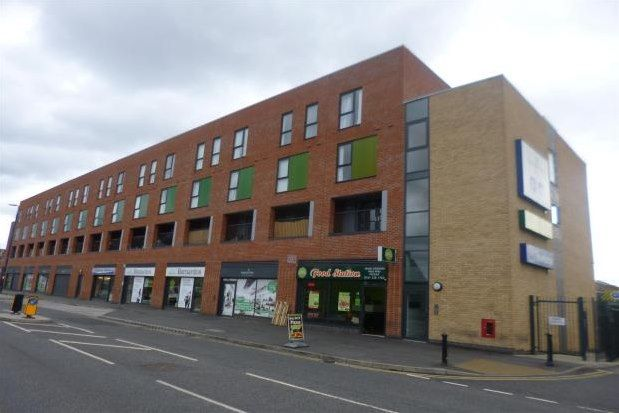 2 bed flat to rent in Phoebe Street, Salford M5