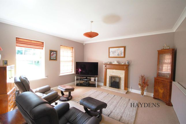 TV Room of Mallow Walk, St. James Road, Goffs Oak EN7