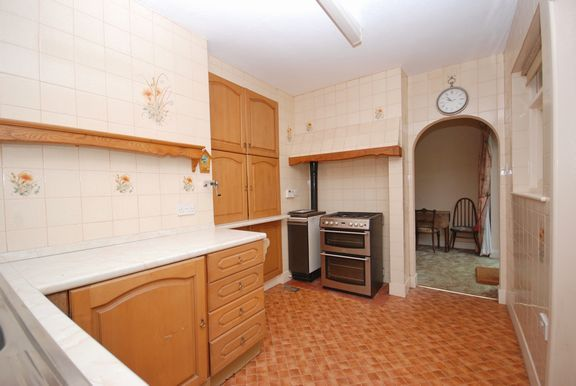 Kitchen of Connaught Close, Sidmouth EX10
