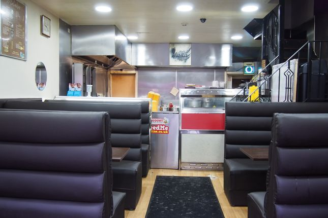 Thumbnail Restaurant/cafe for sale in Hot Food Take Away HD1, West Yorkshire