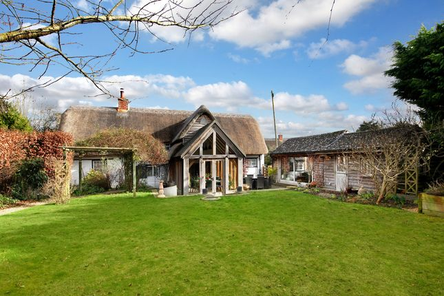 Thumbnail Cottage for sale in Main Road, Stanton Harcourt, Witney