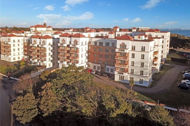 Thumbnail Flat to rent in Sea Road, Boscombe, Bournemouth
