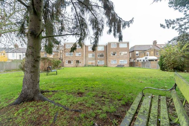 2 bed flat for sale in Northumberland Avenue, London E12