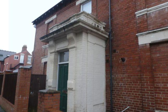 Thumbnail Flat to rent in Grosvenor Road, Jesmond, Newcastle Upon Tyne