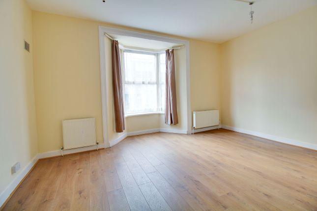 Thumbnail Duplex to rent in Grange Park Road, Leyton
