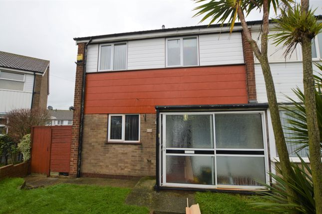 Thumbnail Semi-detached house to rent in Station Approach Road, Ramsgate