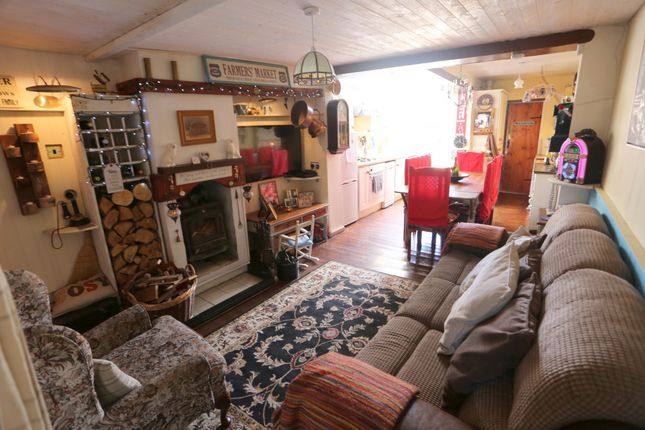 Thumbnail Terraced house for sale in Uttoxeter Road, Normacot