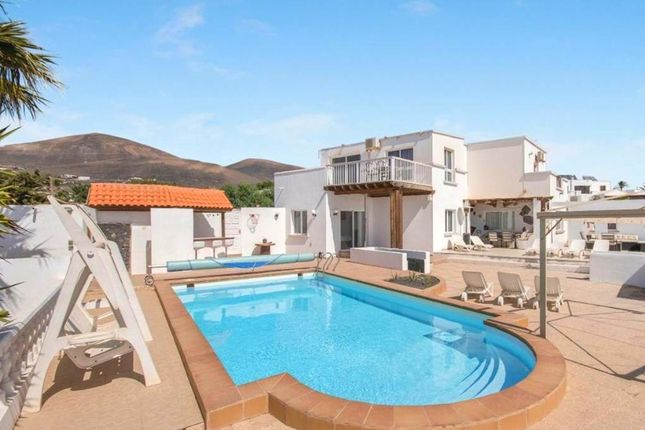 Thumbnail Villa for sale in Macher, Lanzarote, Spain