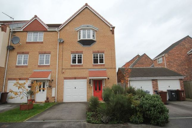 Thumbnail Property to rent in Haigh Park, Kingswood, Hull