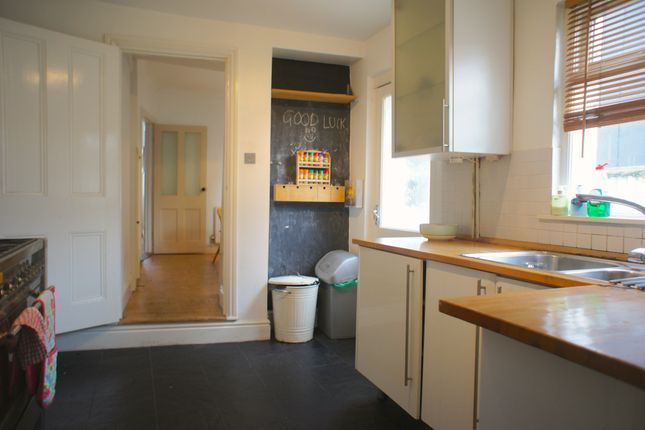 Thumbnail Terraced house to rent in Denbigh Street, Pontcanna, Cardiff