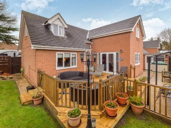 Thumbnail Bungalow for sale in Lowes Court, Beeston, Nottingham