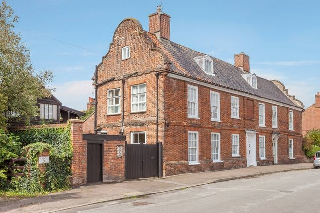Thumbnail Semi-detached house for sale in Bond Street, Hingham, Norwich