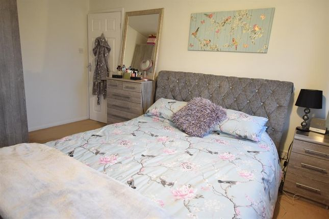 Bedroom 1 of Caistor Avenue, Bottesford, Scunthorpe DN16